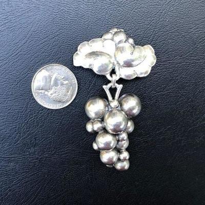 Vintage Designer Georg Jensen & Wendell Denmark Sterling Silver 925 Grape Brooch Pin