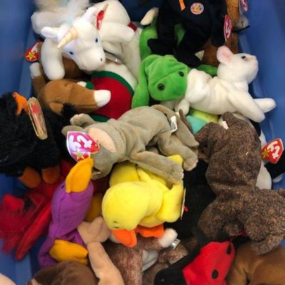 300+ Beanie Babies, Disney & Other Small Stuffed Animals