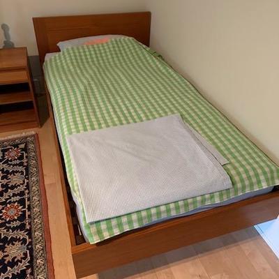 HofD Single/Twin Platform Bed 41