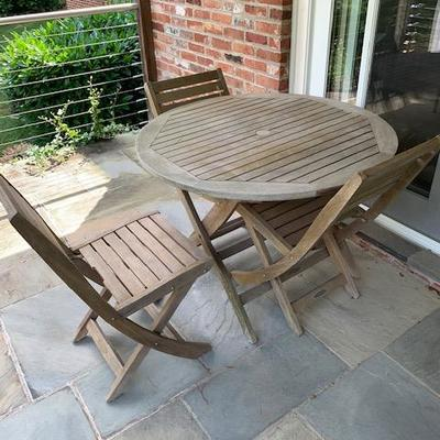 Smith & Hawken Round Teak Outdoor Table 3' Round and 4 Teak Collapsible Chairs $450