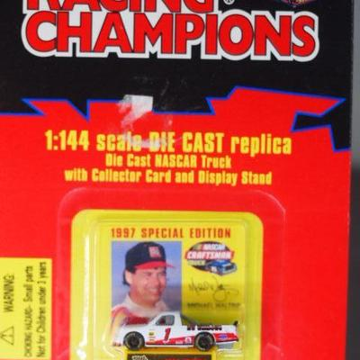 Racing Champions 1/144 Scale  27