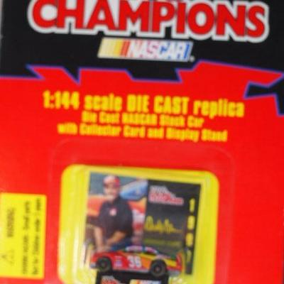 Racing Champions 1/144  Scale  28