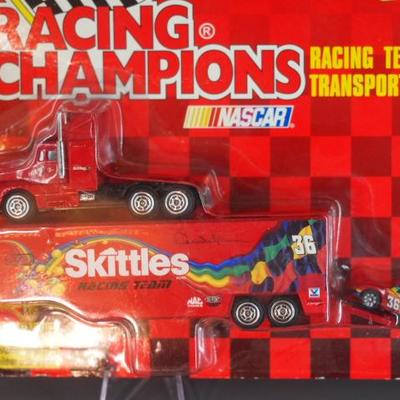 Racing Champions 32