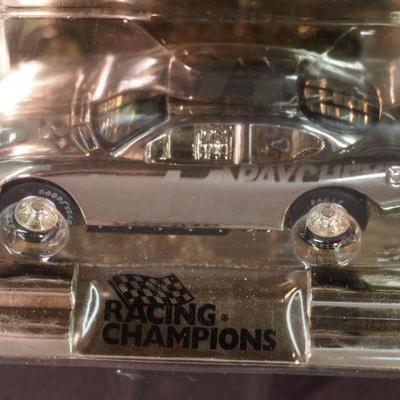 Racing Champions 33
