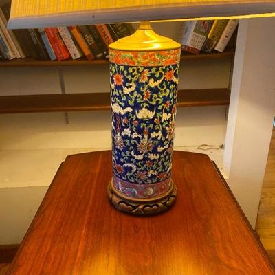 116: Antique Chinese Floral Pottery Vase Lamp