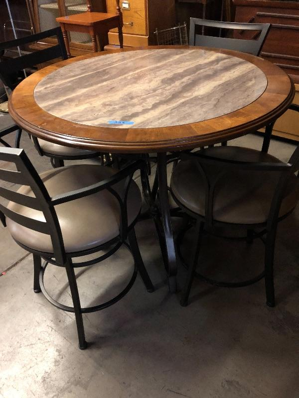 Very cool dinette!