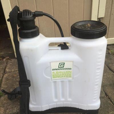 YS 10: 4 gal Backpack sprayer