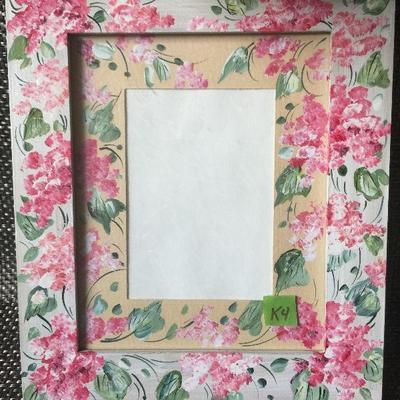 K4: handpainted frame