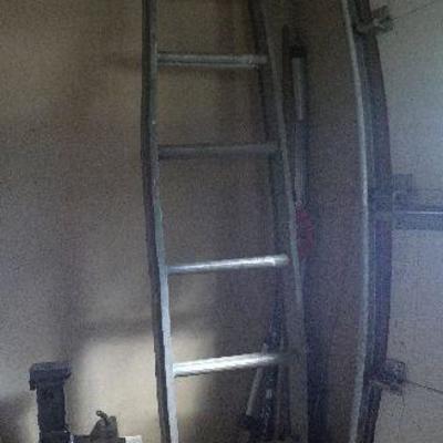 G1: Aluminum extension ladder