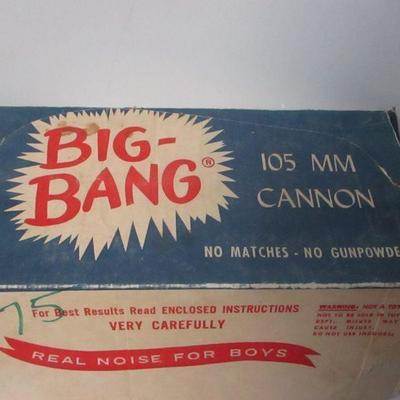 Lot 1 - Vintage 1960's Big Bang 105mm Cannon w/Original Box
