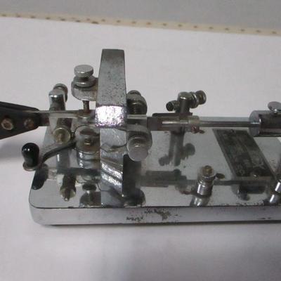 Lot 3 - 1930's/40's Les Logan Speed-X Model-510 Telegraph Key