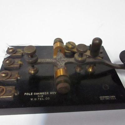 Lot 5 - J. H. Bunnell & Co. Pole Changer Key 1-B