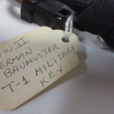 Lot 11 - WW2 German Baumuster T-1 Military Key