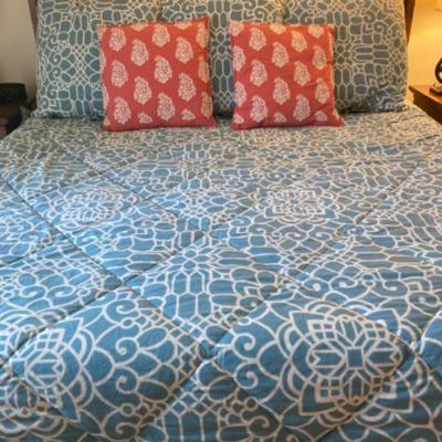138: King Pottery Barn Bedding