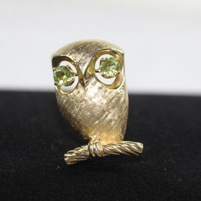 LOT#A7: Stamped 14K Gold Owl Pin