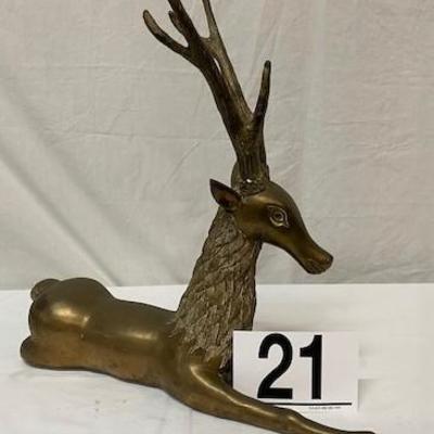 LOT#A21: Heavy Brass Sitting Reindeer