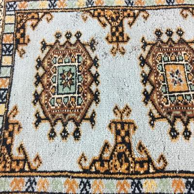 "Semi Antique Handmade Persian Rug 24"" x 46"""