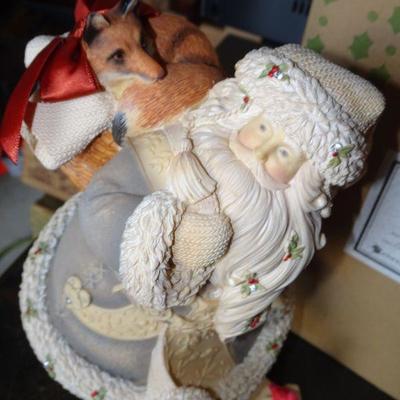2016 The Heart of Christmas Figure -