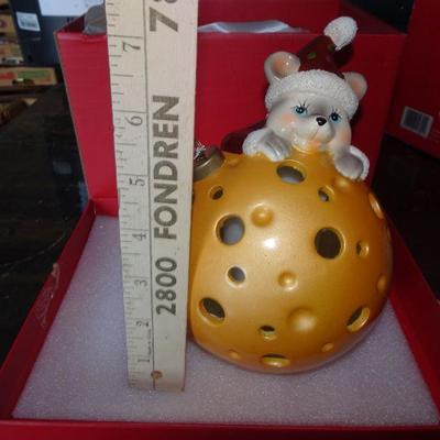 Cute Little Mouse & Cheese Christmas Ornament - Battery Operated.