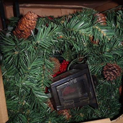 NO SHIPPING - LOCAL PICK UP ONLY ON THESE WREATHS Vintage Makers Mark Lighted Holiday Christmas Wreaths / Front Yard Decor