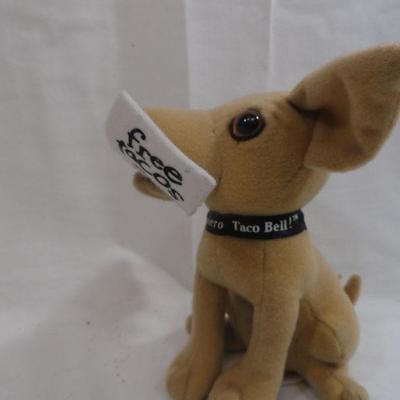 Lot 331 - 4 Taco Bell Dog Chihuahua Plush Stuffed Animals