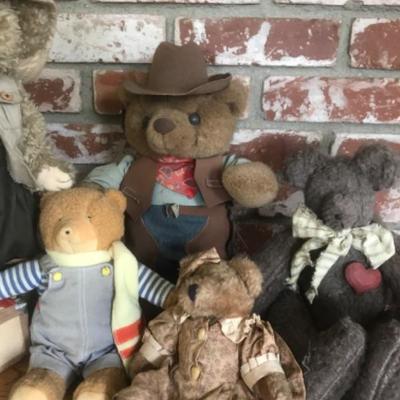Plush Bear Lot