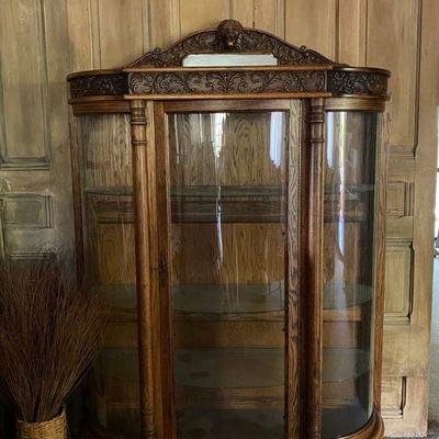 Antique Horner Brothers Lion Head, Claw feet, Bowed Glass, Display Curio Cabinet