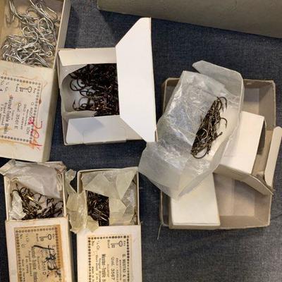 #98 Small Box of Vintage Hooks