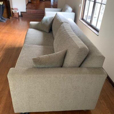 5. Thomasville sofa/hide-a-bed full size