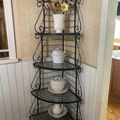 Metal Corner Bakers Rack with Glass Shelves