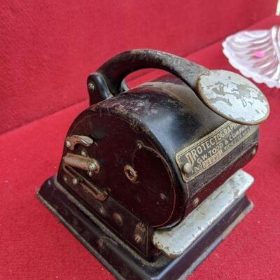 Vintage G.W. Todd & Company Model K Protectograph Check Writer Rochester NY USA