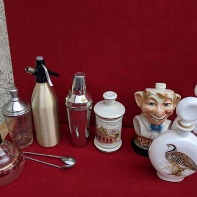 Vintage bar and decanter collectibles