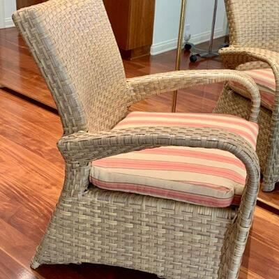 ARC 188  WOVEN WICKER CLUB CHAIR STRIPE SEAT CUSHION