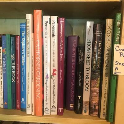 Lot of 39 Gardening Books Shelf 3A