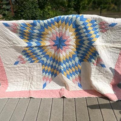 Vintage starburst quilt