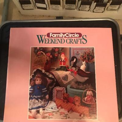 Family Circle Weekend Crafts 3-Volume Set