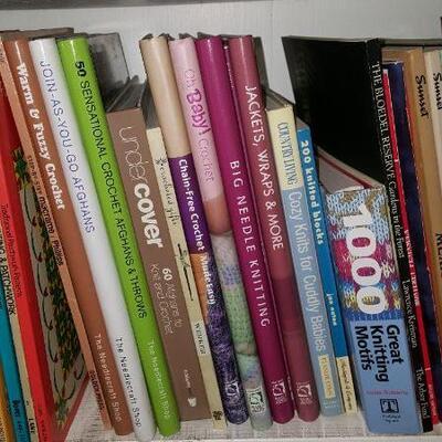 Lot of Knitting & Gardening Books Shelf 22B