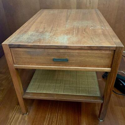 PT3#22  MCM TEAK END TABLE ONE DRAWER FINISH LOSS AS IS