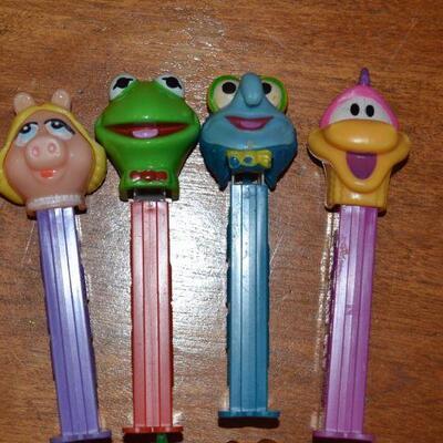 Lot#12 Eight Vintage Pez Dispensers Muppets/Garfield Henson/Davis