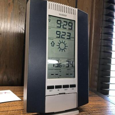 LCD Combo Thermometer/barometer (office)