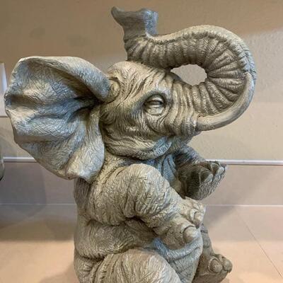 Elephant yard art decor