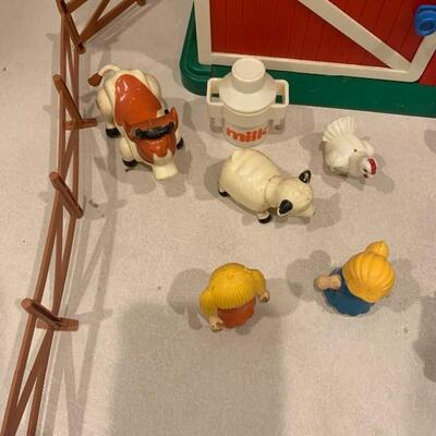 Vintage fisher price barn and farm animals