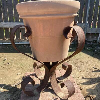 Two Scroll Metal Plant Stand Pot