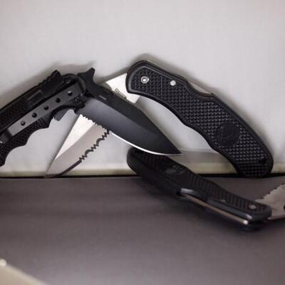 3 Folding Pocket knives