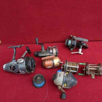 Fishing Reels lot