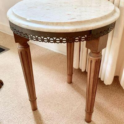 LOT 14 SMALL  MARBLE TOP DRINK TABLE