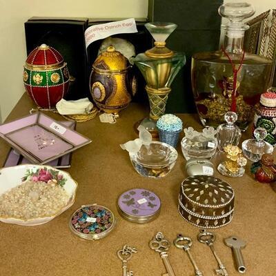 Fine Collection includes : Vivien Alexander Ostrich Egg Display & Handbag amongst Decorative Perfume Bottles etc....
