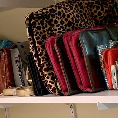 $10-$25 Handbags, Purses , Jewelry Pouches.