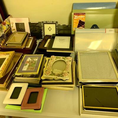 $5 Each on All frames regardless of size  8x10, 5x7, 4x6 3x 5 etc