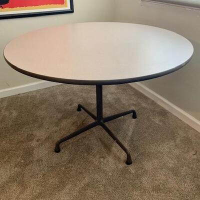 LOT 27 Herman Miller Round Table